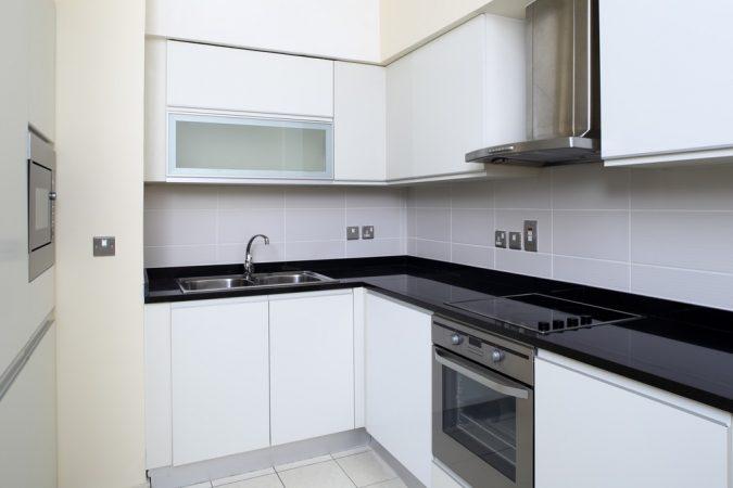 Дизайн кухні у стилі мінімалізм фото UrbanWood -18