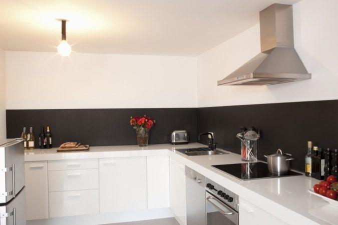 Дизайн кухні у стилі мінімалізм фото UrbanWood -5