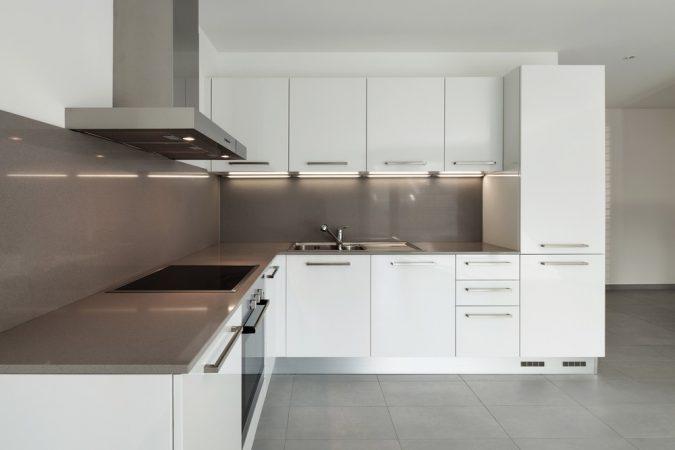 Дизайн кухні у стилі мінімалізм фото UrbanWood -8